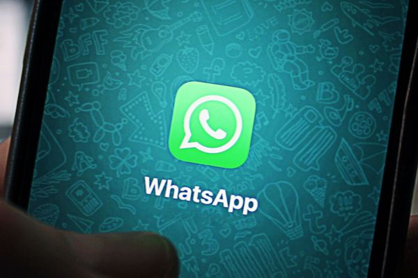 WhatsApp_1550x1000